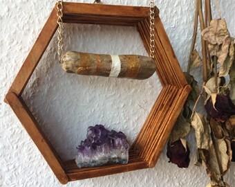 Chain, nature, driftwood