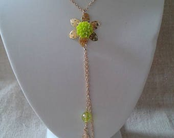 Green resin and Gold Flower necklace