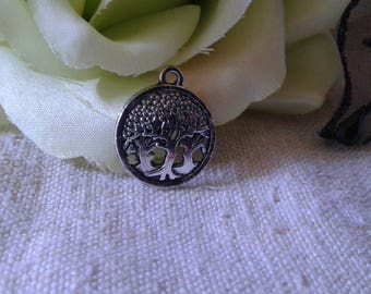 """set of 5 """"tree"""", silver plated charms"""