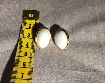 White and Gold Oval Earrings