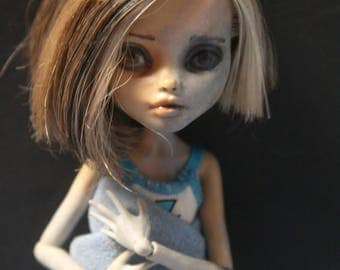 Adrasteia (Custom Monster High Repaint OOAK)