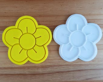 Flower 03  Cookie Cutter and Stamp