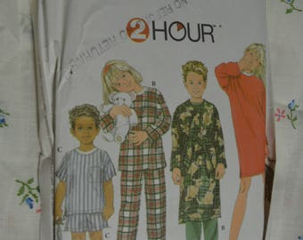 Simplicity 7407 Childs Boys - Girls Pajamas Nghtshirt Robe Pajama Bag and Booties Sewing Pattern - UNCUT  Size 5 6 7 8