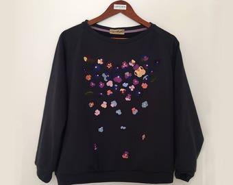 Embroidered sweatshirt / embroidery sweatshirt / sweatshirt / crewneck sweatshirt / womens sweatshirt / raglan sweatshirt / blue sweatshirt