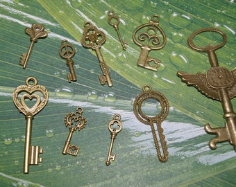 set of 10 2.5 to 7.5 cm #1 bronze key fobs