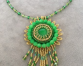 Green bead embroidery pendant necklace
