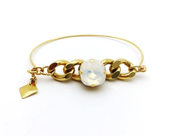 Bangle Bracelet with curb chain and Crystal cabochon