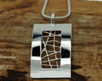 Silver Plated Open Wired Rectangle Pendant with Free Chain (TP-006)