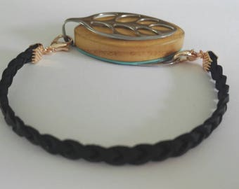 Bellabeat bracelet braided black leather strap to wear with Bellabeat Leaf