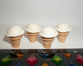 Dollhouse Miniature Handcrafted 4 Vanilla Ice Cream Cones Dessert Food for the Doll House 1203