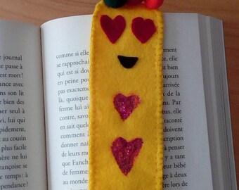 Bookmark smiley emoji of yellow