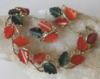 1950's Demi Parure Bracelet and Clip Earrings, Orange & Green Leaves in Moonglow Thermoset / Lucite