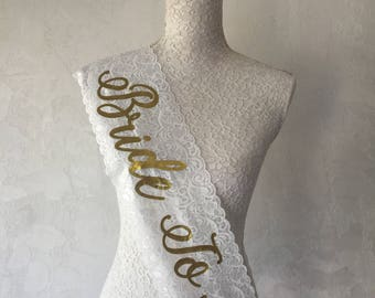 Bride Sash, Bridal Sash, Wedding Sash, Bachelorette sash, Bridesmaid gift, Bride Gift, Bachelorette party, Hen party, Bridal party, BRIDE