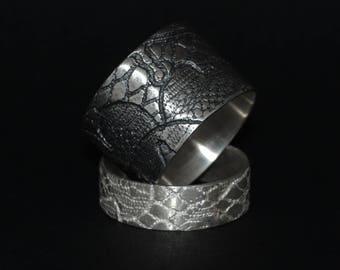 LACE - ring in silver - made on request