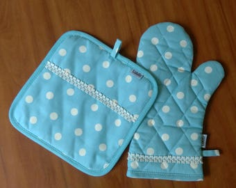 Pot Holder/Oven mitt/Oven Gloves/Trivets/Blue/Polka dot/Kitchen accessory/Hostess gift/Womens gift/Gift/Quilted/Pot Holders set/Polkadot