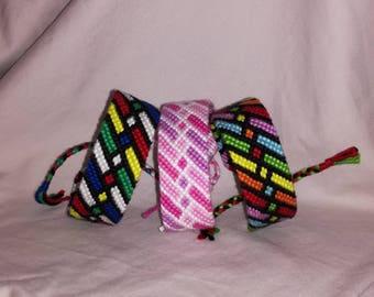 Colorful knotted bracelet, Braided bracelet, Handwoven bracelet, Friendship bracelet, Bracelet bresilien,Wrist band, String bracelet, Boho