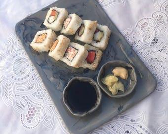 Sushi plate with ramekin