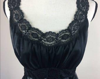 Vintage Vanity Fair Nightgown Matching Set