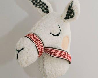 ride on llama stick toy • plush llama • plush alpaca • pretend play • waldorf toy • riding toy • stick horse • hobby horse