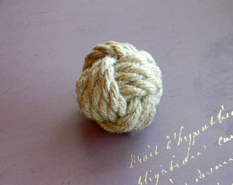 "Monkey Fist Knot..Nautical Decor Knot..Nautical Wedding..Table Card Holder..Size 2.7""( Price for 1 piece)"