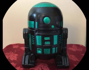 Metallic green and black R2D2 bank