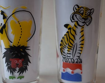 Drinking Glasses Federal Glass Mid-Century Circus Set of Two 1950's Retro Kitchen Decorative Glassware