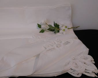 Set of 12 Unused Vintage White Cotton Napkins ~ Cotton Serviettes ~ Crisp White