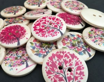 6 Tree Design Wooden Buttons,30mm,Woodland,Autumn,Spring,Summer,Leaves,Foliage,Garden,Nature,Mixed,Forest,Craft,Flowers,Butterflies,Hearts