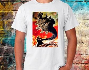 King kong vs Godzilla T-shirt, retro look vintage feel, Japan Tshirt, gift for movie buff, Worldwide shipping