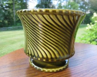 Vintage McCoy USA Pottery #410 Signed Marked 2033 Olive Green