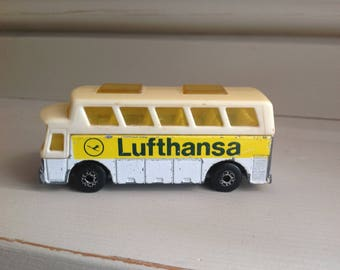 Vintage Matchbox superfast series Airport coach no.65 1970s