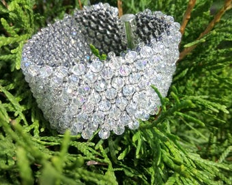 Very sparkling handmade bracelet