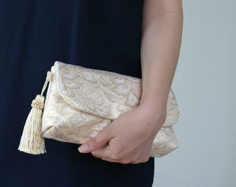 2 way clutch bag made from Japanese Vintage Kimono belt.