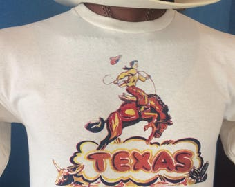 Texas T-shirt bucking bronco