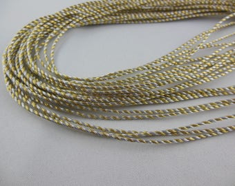Cord twisted metal color: Silver / Gold
