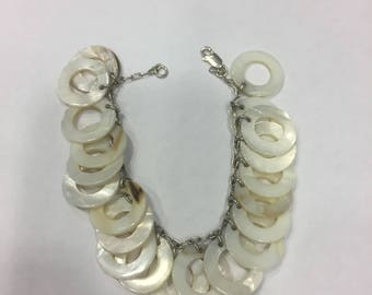 "7 1/2"" Circular Mother of Pearl Bracelet"