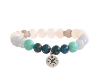 Wanderlust bracelet / yoga bracelet / yoga gift / energy bracelet / compass charm / travel bracelet / traveler jewelry / beaded bracelet