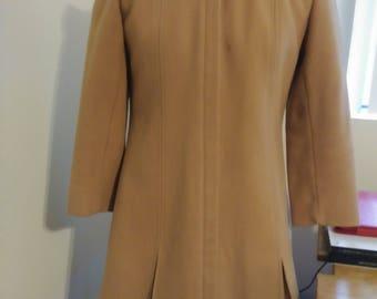 1963 Vintage Union made Ilgw Tan Coat