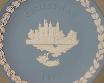 1973 wedgewood jasperware Christmas plate
