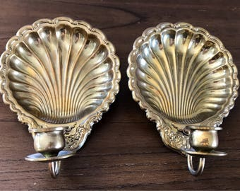 Vintage Pair of Brass Scalloped Shell Wall Sconces | Nautical | Sea Shell