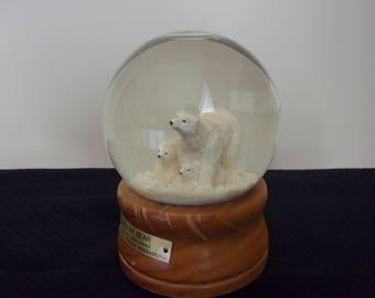 Let it Snow!  Polar Bear and cubs snow globe