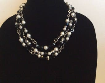 Black and White Triple  Strand Necklace With Pearl