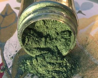 Southern Blenders Gilding Powder in Emerald Dust (Green)