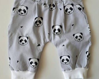 Hip and unique handmade baby harem pants for a baby-boy baby leggings jersey pants, side pockets side pockets. Size 56