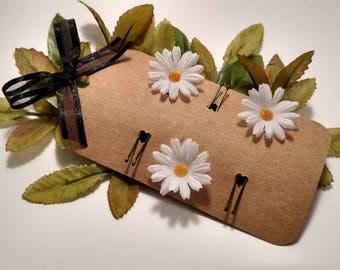 Daisy flower Hair pin/ wedding hair accessories/ spring hair accessories/ summer hair accessories/ white flower/ Daisy  hair