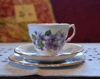Royal Vale Bone China Tea Set - Violets