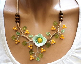 Necklace yellow green and Brown spring summer