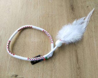 Hair Wrap Extension | White Green Red Cotton Threads | White Wooden Bead | White Feather | Weft Clip/Loop | 47 cm/18.5 in