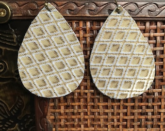 Cream and Gold Textured Earrings