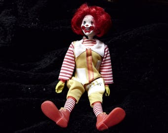 Vintage 1976 Remco Ronald McDonald Action Figure Doll - Head Moving with Knob Arms and Legs Moving